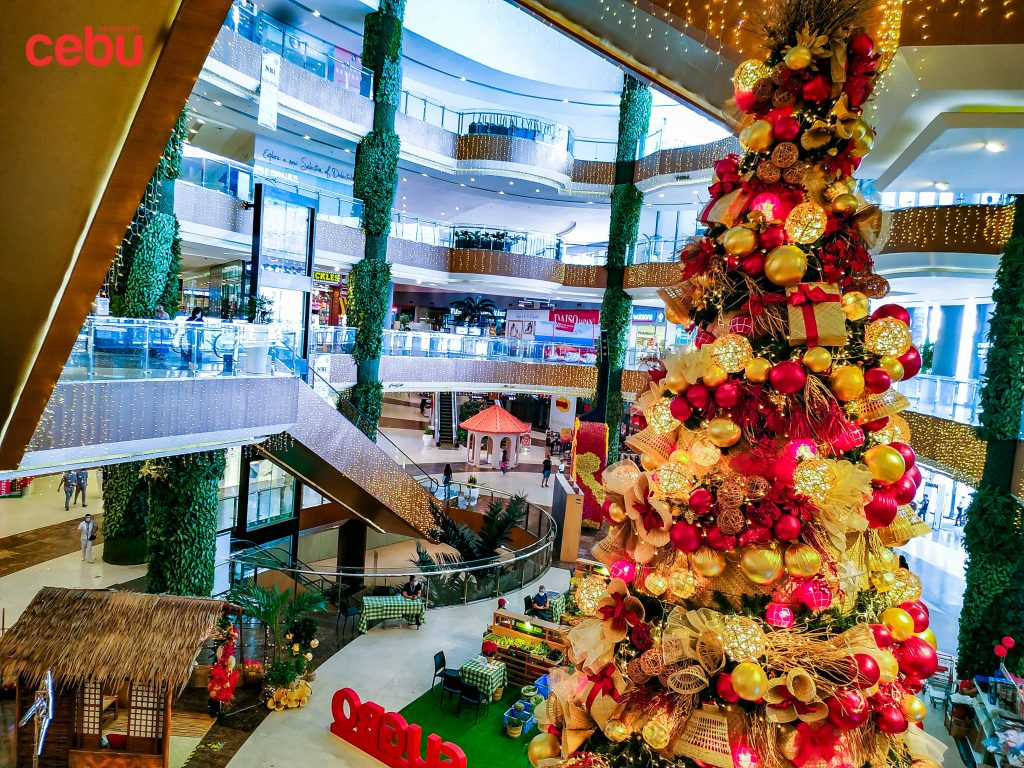 Christmas tree at a mall