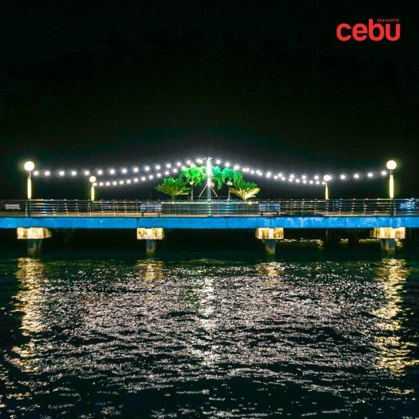 Baywalk at night